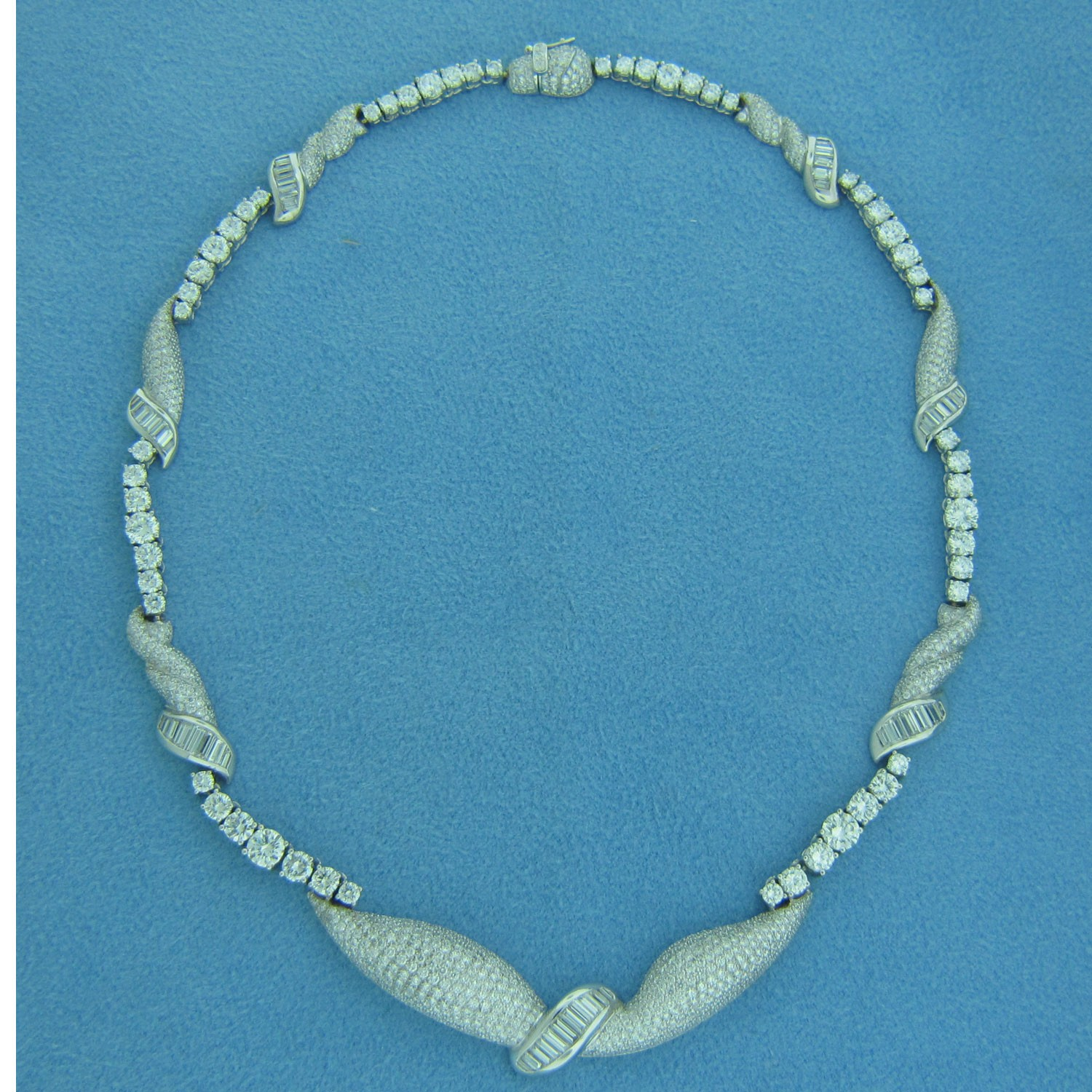 CH546 Diamond Necklace
