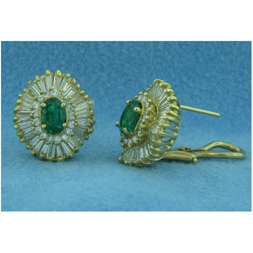 E1240 Diamond and Emerald Earrings
