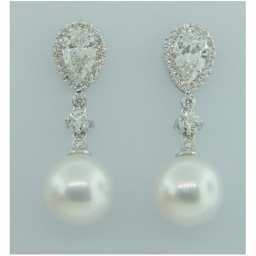 E1266 Diamond and Pearl Earrings