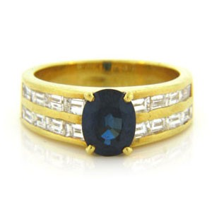 FS3536 Diamond and Sapphire Ring