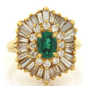 FS3589 Diamond and Emerald Ring