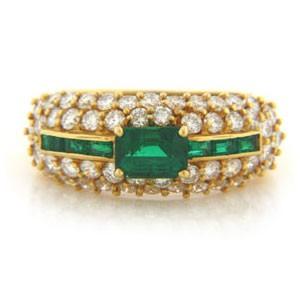 FS3785 Diamond and Emerald Ring