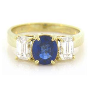 FS3814 Diamond and Sapphire Ring