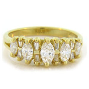 WB2522 Diamond Wedding Ring