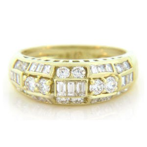 WB2529 Diamond Wedding Ring