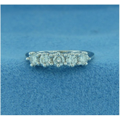 WB2673 Diamond Wedding Ring