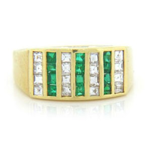 WB2679 Diamond and Emerald Wedding Ring
