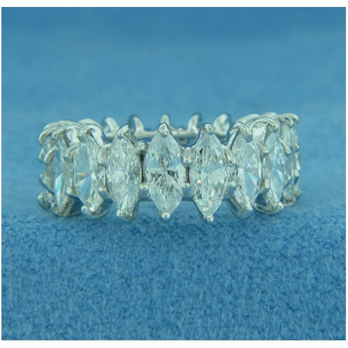 WB2719 Diamond Wedding Ring