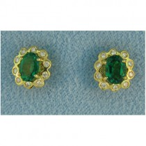 E1132 Diamond and Emerald Earrings