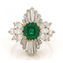 FS3586 Diamond and Emerald Ring