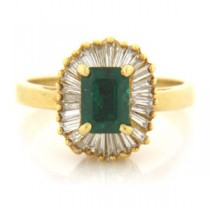 FS3774 Diamond and Emerald Ring