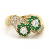 FS3778 Diamond and Emerald Ring