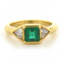 FS3790 Diamond and Emerald Ring