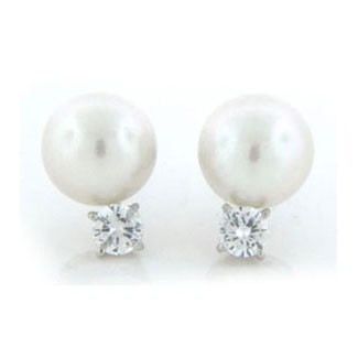 E1249 Diamond and Pearl Earrings