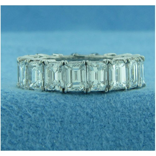 WB2699 Diamond Wedding Ring